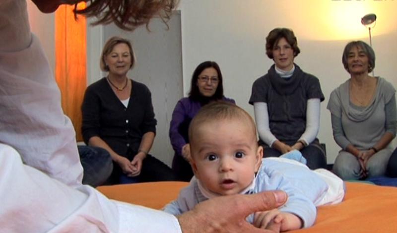 Baby während Behandlung