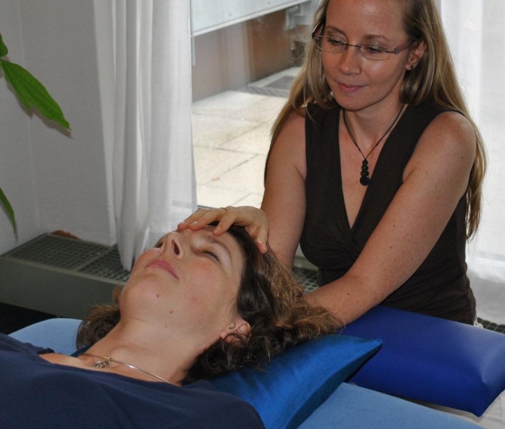 Craniobehandlung Kopf und Rückseite